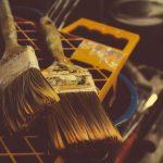 Malowanie i tapetowanie – wykańczanie ścian wewnętrznych