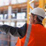 Kariera młodych ludzi – czy warto korzystać ze szkoleń na operatora maszyn budowlanych?