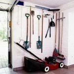 Skuteczne sposoby na przechowywanie narzędzi ogrodniczych